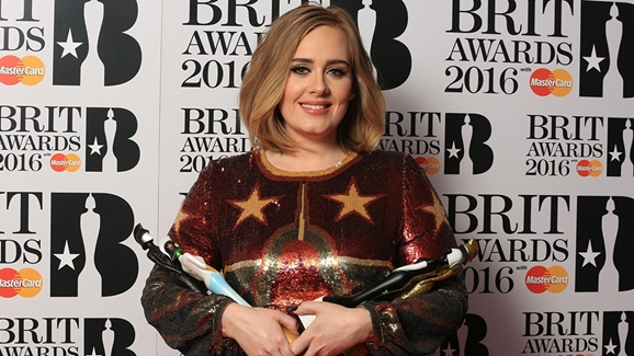 Результаты Brit Awards 2016 Адель