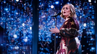 Adele performs 'When We Were Young'