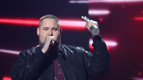 Rag'n'Bone Man on stage at The BRITs 2017 Nominations Show
