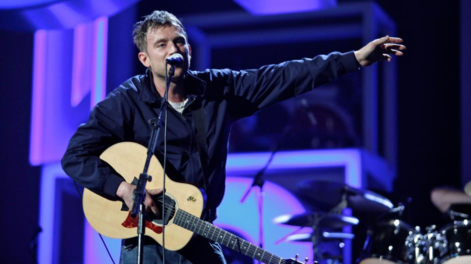 Blur perform 'This Is A Low' & 'Tender' Live