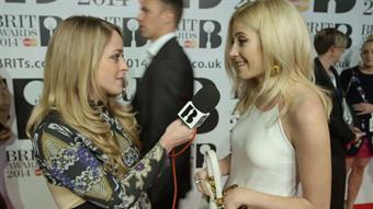 Fleur with Pixie Lott on the Red Carpet