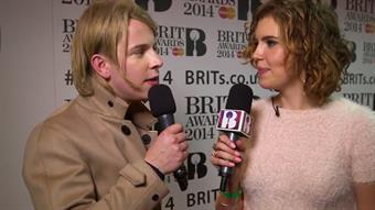 Tom Odell on the Red Carpet