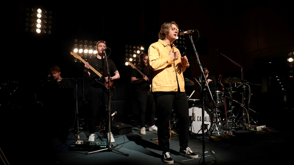 Lewis Capaldi performing 'Grace'