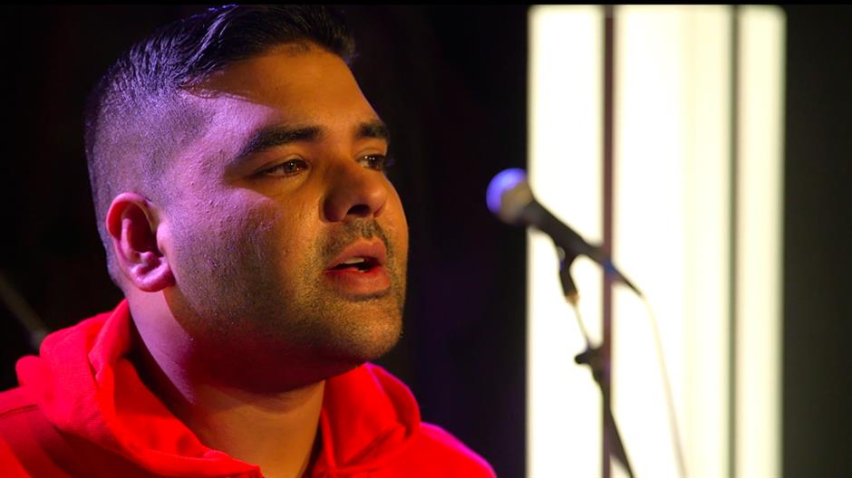 We chat to BRITs 2014 Nominee Naughty Boy