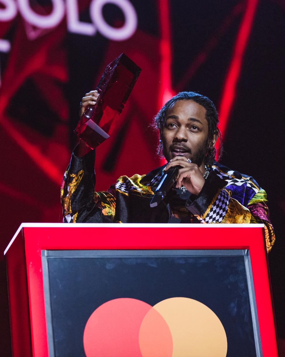 Kendrick Lamar accepting  his award for International Male at The BRITs