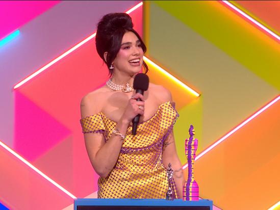 Dua Lipa wins Female Solo Artist!