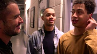 Zane backstage with Rizzle Kicks
