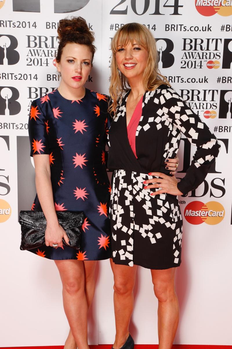 Annie Mac & Sara Cox Red Carpet | BRITs 2014