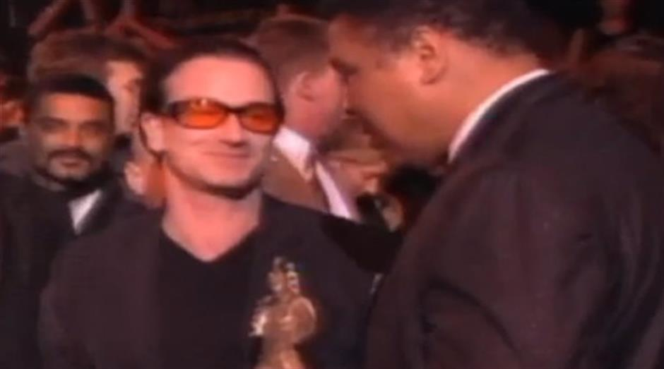 1999 - Freddie Mercury Award - Jubilee 2000 (Accepted by Bono & Muhammad Ali)