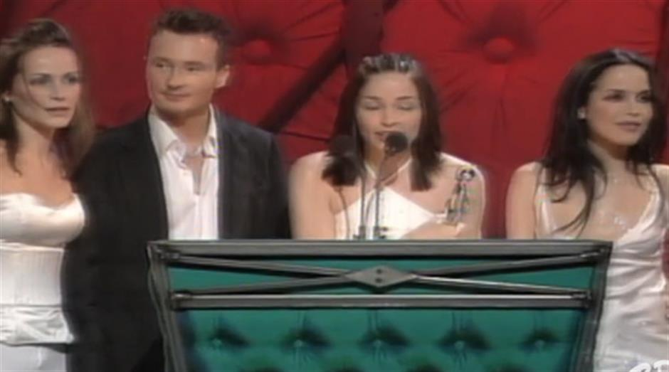 1999 - International Group - The Corrs