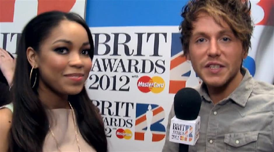 2012 - Dionne Bromfield red carpet interview