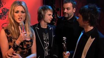 2007 - Fearne Cotton backstage with Muse