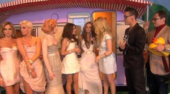 2009 - Fearne Cotton backstage with Girls Aloud, Gok Wan & Alan Carr