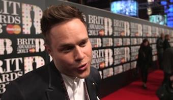Olly Murs talks on the red carpet