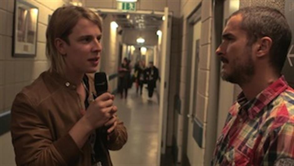 Zane Lowe Backstage with Tom Odell
