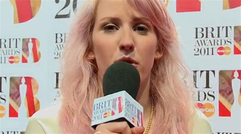2011 - Red Carpet interview: Ellie Goulding