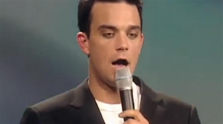 2001 - Best British Single - Robbie Williams