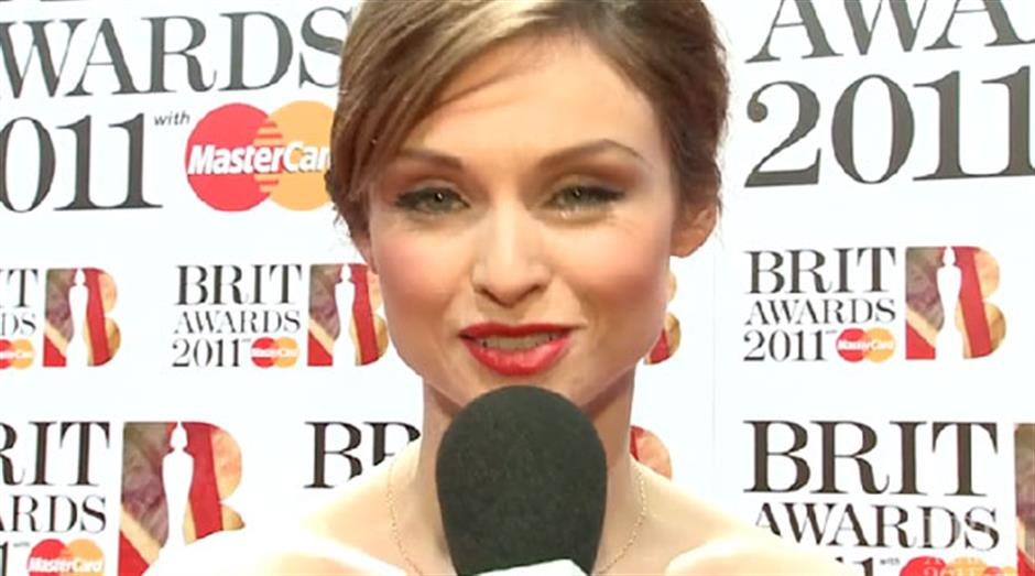 2011 - Goldierocks interviews Sophie Ellis Bextor on the Red Carpet