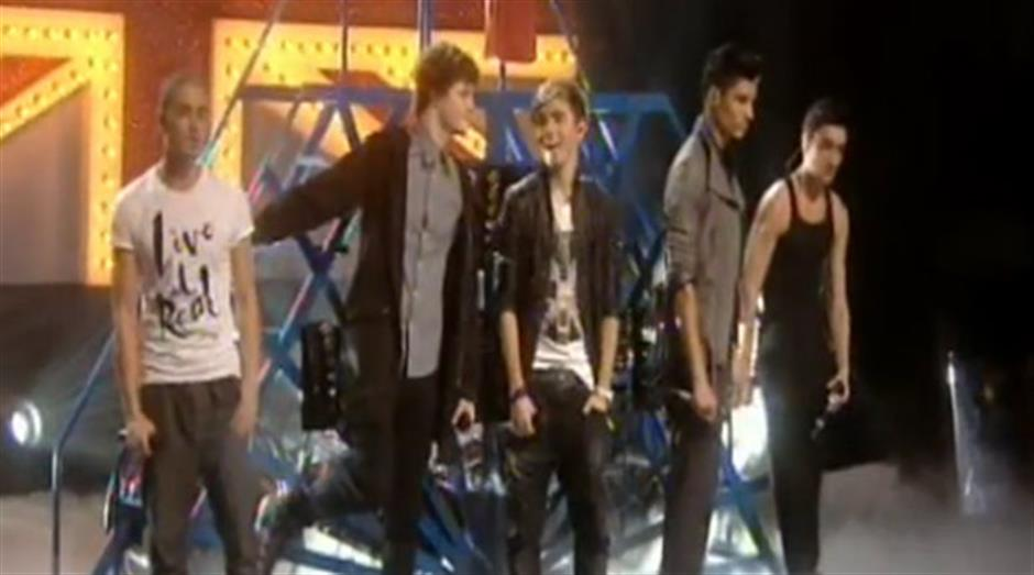 2011 launch - The Wanted 'All Time Low' (live)
